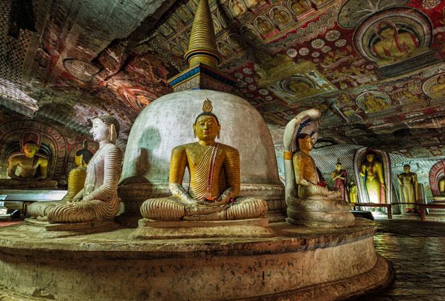 Dambulla Golden Temple + Cave Temple