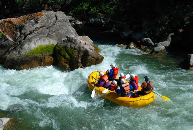 Kitulgala Whitewater Rafting